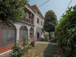 Foto - Villa unifamiliare via Monsignor Girolamo Rizzi 66, Ospitaletto