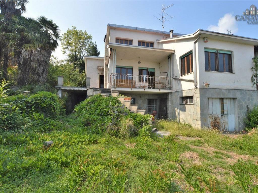 foto facciata Detached house via Crosa 9, Quagliuzzo
