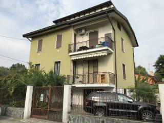 Photo - 4-room flat good condition, first floor, Rivolta d'Adda