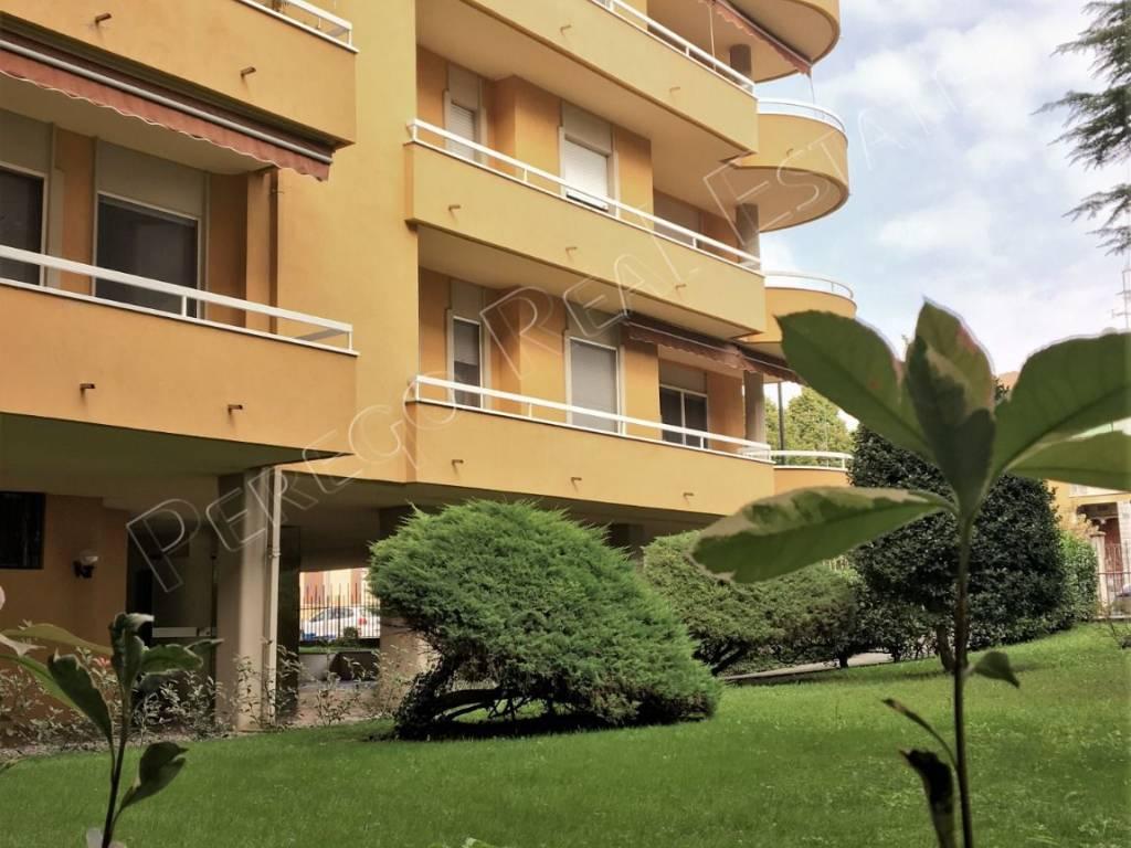 foto Esterno 2-room flat via Bainsizza 19, Turbigo