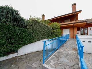 Photo - Terraced house via Valentino Bonaudo 3, Favria