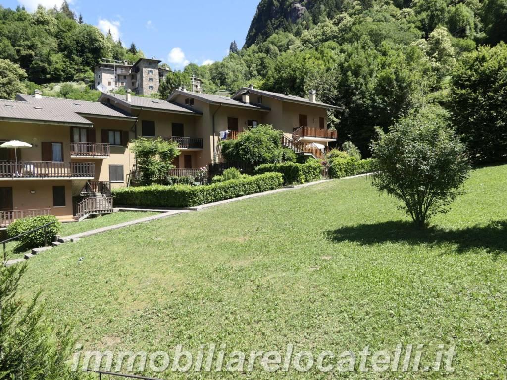 foto parco 3-room flat via Castello, Roncobello