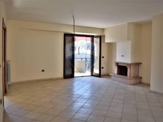Photo - 4-room flat good condition, first floor, Trentola-Ducenta