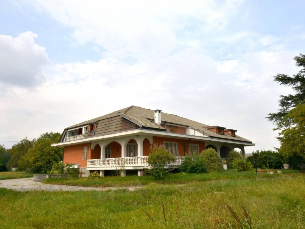 foto VILLA Villa plurifamiliare Strada Feletto-Agliè, Ciconio