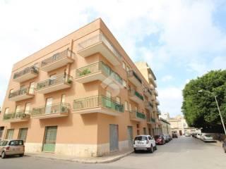 Photo - 4-room flat via largo Madonna, Trapani