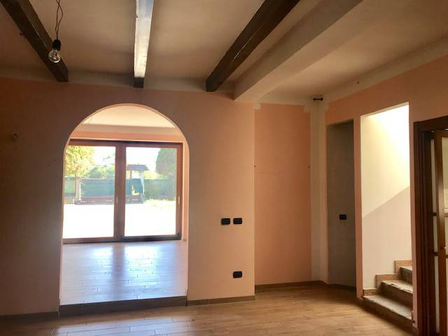 foto  Single family villa via ticino, 219, Galliate