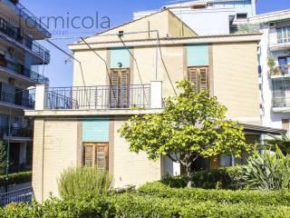 Foto - Villa unifamiliare via Flotard De Lauzieres, Portici