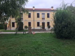 Foto - Quadrilocale via Gurzone, Occhiobello