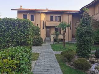 Photo - Terraced house via Papa Giovanni XXIII, Vanzago