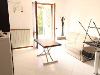 Photo - 2-room flat via Francesco Petrarca, Alzate Brianza