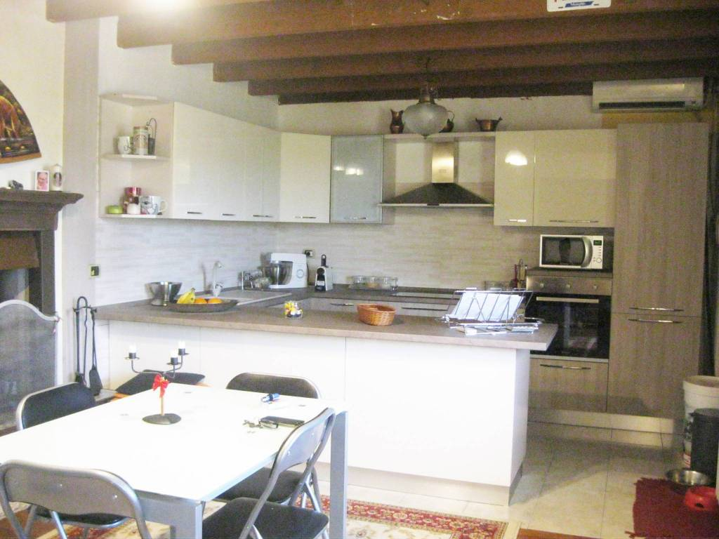 foto appartamento-bollate Bilocale via Dante Alighieri, Bollate