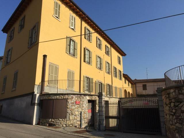 foto  3-room flat via 4 Novembre, Almenno San Bartolomeo