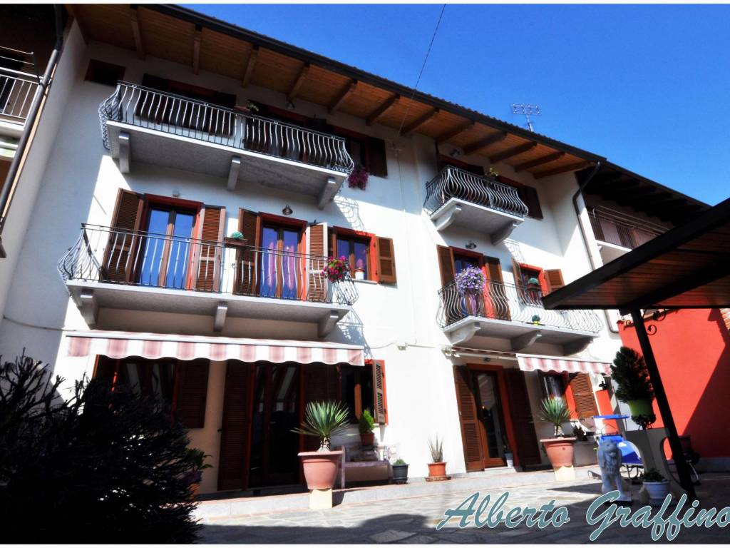 foto 1 Single-family townhouse via Roma 40, Candia Canavese