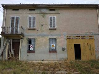 Photo - Farmhouse Strada Statale 63 140, Gualtieri