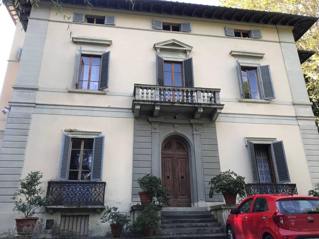 foto  Villa unifamiliare piazzale di Porta Romana, Firenze