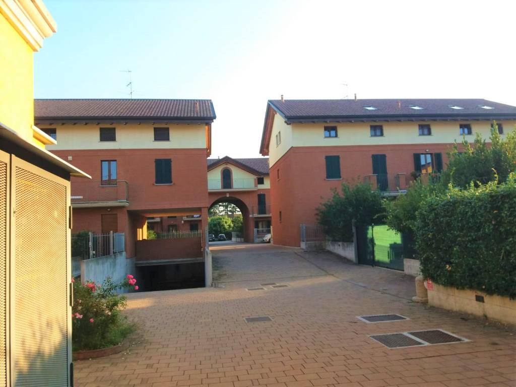 foto Vista 2-room flat via Villoresi, Buscate