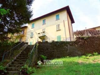 Photo - Detached house via Selva 1, Sormano
