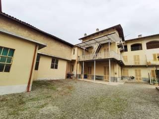Photo - Farmhouse via Torino 30, Balangero