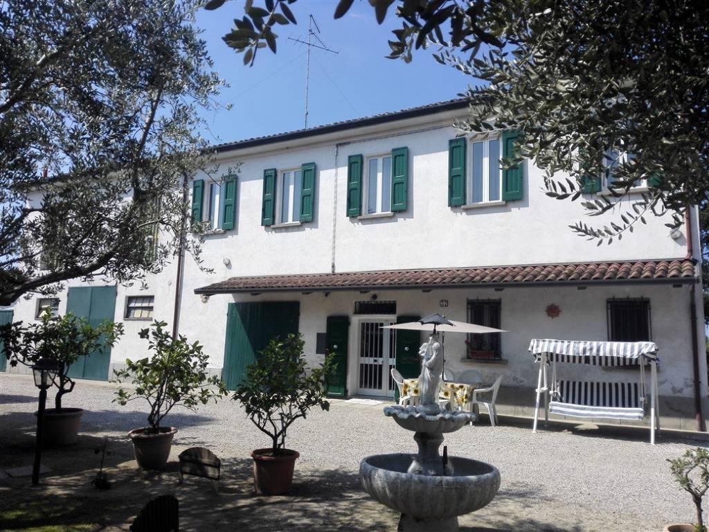 foto  Casale via Ripe 37, Bagnara di Romagna