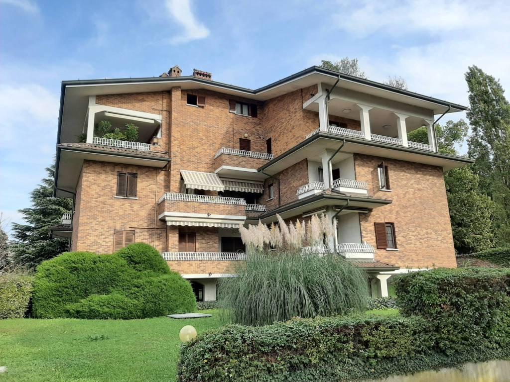 foto esterno Trilocale via Giuseppe Garibaldi 58, Cesano Maderno