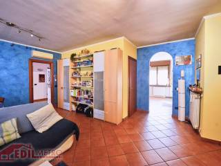 Photo - 4-room flat via Torino, Settala