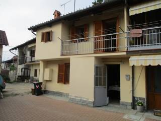 Photo - 4-room flat vicolo Vandero 11, Reano