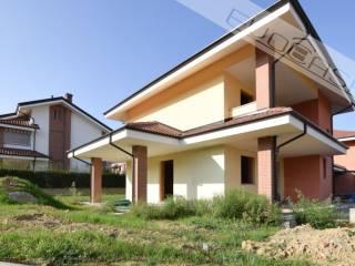 Photo - Single family villa Strada Brandin 4, Bricherasio