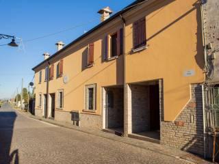 Photo - Terraced house via Piave, Piubega
