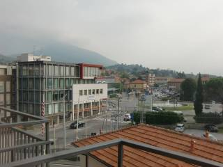 Фотография - Трехкомнатная квартира via Giuseppe Mazzini, Erba