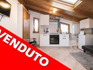 Foto - Mansarda via Sacro Monte 17, Sant'Ambrogio, Varese