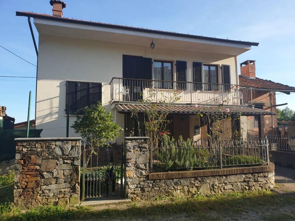 foto  Villa unifamiliare frazione Macchia 45, Forno Canavese