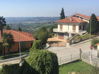 Photo - 3-room flat via Roma, Treiso