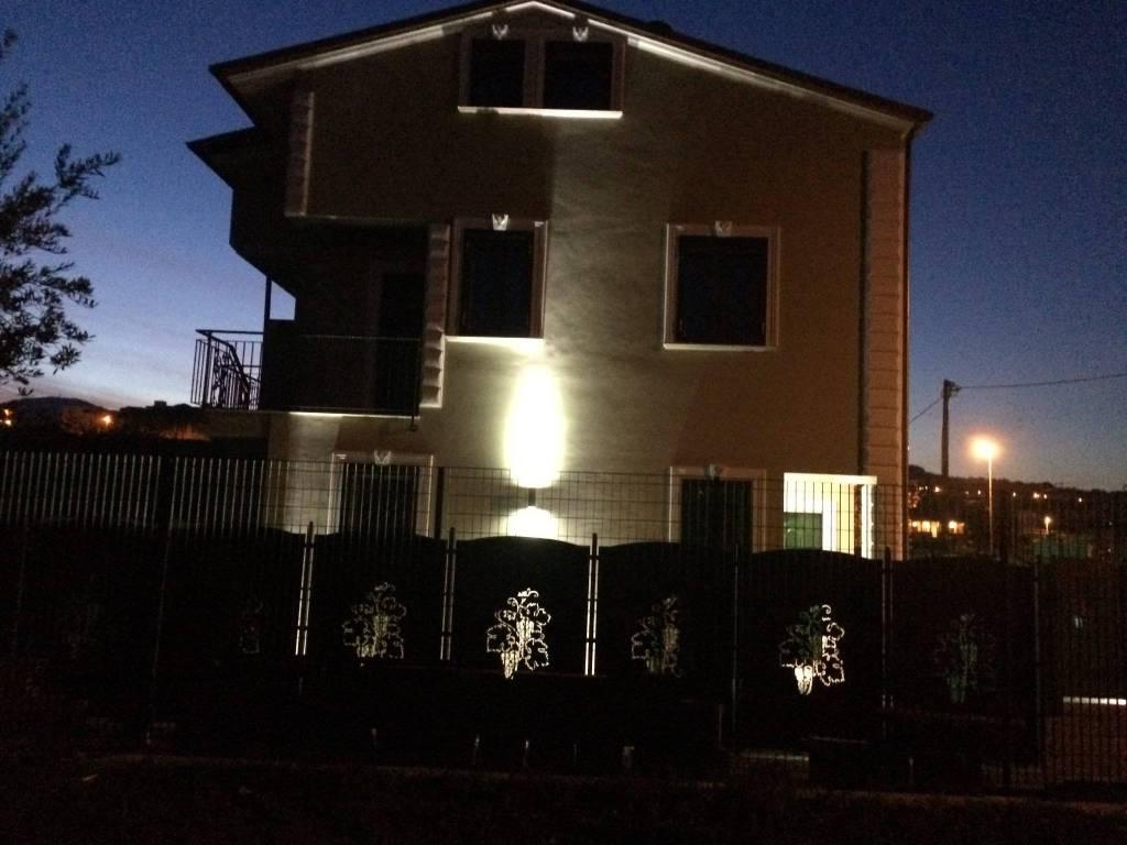 foto Facciata Trilocale via Cesare Crescenzi 18, Frascati