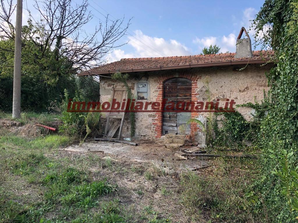 foto  Residential building plot in Velletri