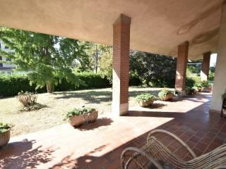 Photo - Single family villa, good condition, 300 sq.m., Cadelbosco di Sopra