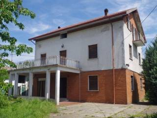 Photo - Single family villa, to be refurbished, 300 sq.m., Besenzone