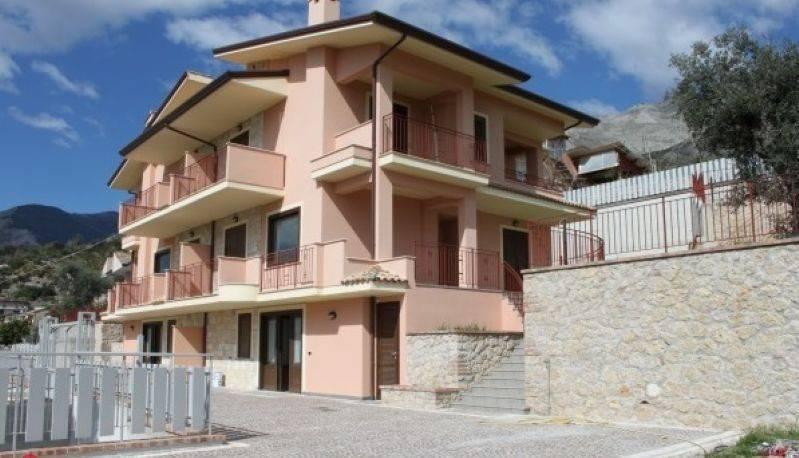 foto  Villa unifamiliare trivio, Formia