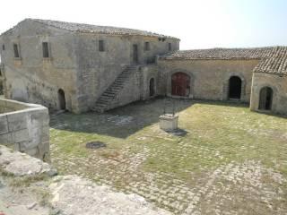 Photo - Building, to be refurbished, Chiaramonte Gulfi