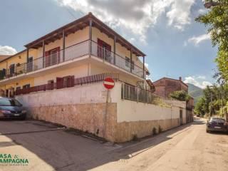 Photo - Terraced house, to be refurbished, Riardo