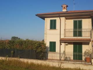 Foto - Casa unifamiliar via Alessandro Manzoni, Pumenengo