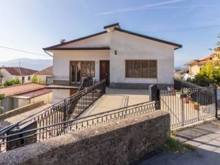 Photo - Detached house 300 sq.m., good condition, Sant'Angelo d'Alife