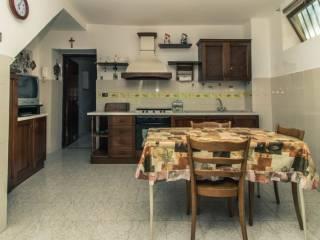 Foto - Casa indipendente 170 mq, buono stato, Teano