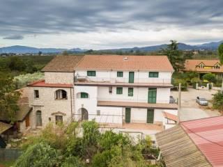 Foto - Casa indipendente 370 mq, buono stato, Teano