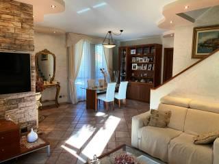 Foto - Villa bifamiliare via Don Giuseppe Colombo, Rosate