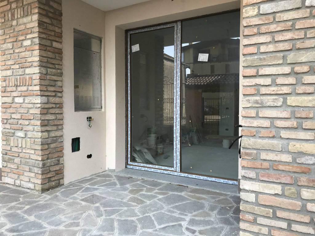 foto PORTICHETTO 3-room flat new, ground floor, Truccazzano