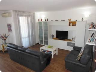 Photo - 4-room flat via Nazario Sauro 104, Baranzate