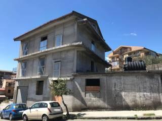 Foto - Stabile o palazzo via Monsignor Rosario Cannavò, Piedimonte Etneo