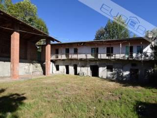 Photo - Dairy farm via Castel del Lupo 1, San Secondo di Pinerolo