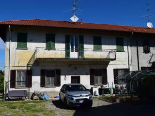 Photo - Detached house via Giuseppe Garibaldi 10, Cuggiono