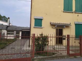 Foto - Villa bifamiliare via Cesare Battisti, Roncoferraro